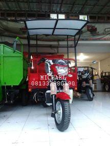 motor-roda-tiga-300-atap-001